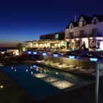 H.Farol - vista noturna piscina