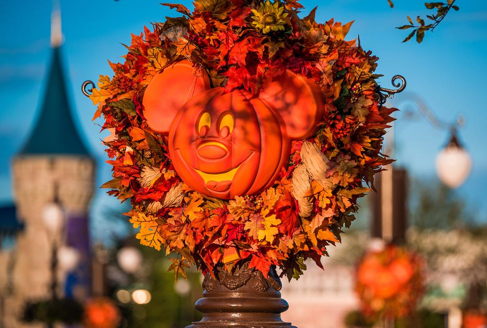 Mickey's-Not-So-Scary-Halloween-Party-(crédito-Tom-Bricker)