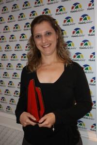 Paula Francine recebe estatueta que homenageia o Salinas de Maragogi