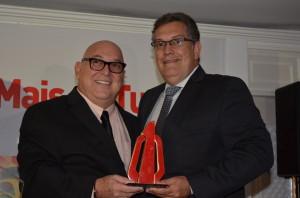 Paulo Miranda, presidente do Grupo Travel News; e Francisco Guariza, da TAP