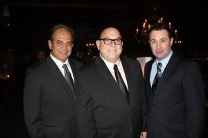 Ricardo Lopes, da Tourist Card; Paulo Miranda, do Grupo Travel News; e Gilson Rodrigues, do Restaurante Vittorio'S
