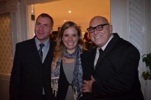 André Marques di Terraço Italia, com Juliana; e Paulo Miranda, presidente do Grupo Travel News