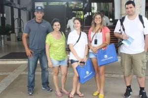 Trabalho em equipe: Carlos Batista, o guia oficial do grupo; Márcia Santos, editora do Grupo Travel News; Déborah, jornalista venezuelana; Denise Claudino, executiva da Smart que acompanhou o grupo do Brasil;  Eduardo Maia, repórter de O Globo