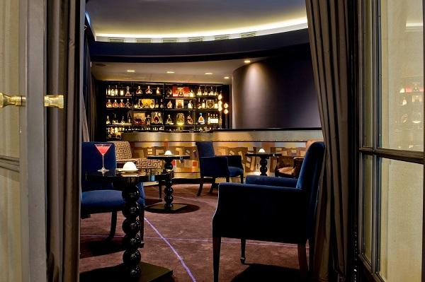 Le Burgundy - Bar 2 P