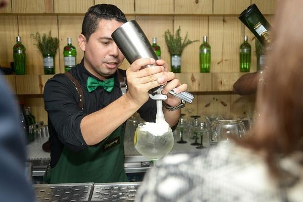 Marcos Felix _ Bar.  (4)