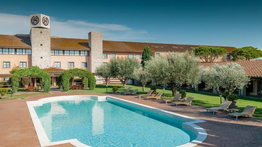 Hotéis de Roma trocam turistas por pacientes com covid-19